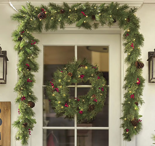 The photo shows - DIY Christmas decorations, fig. Garland 2