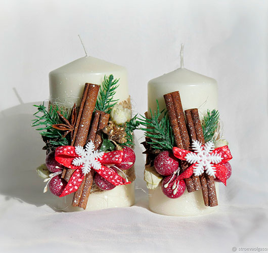 The photo shows - DIY Christmas decorations, fig. Cinnamon candles